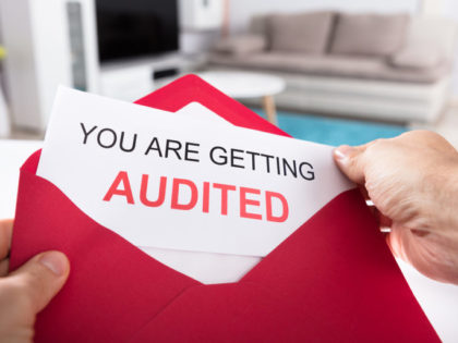 How Sales Influences Oracle LMS for Client Audits